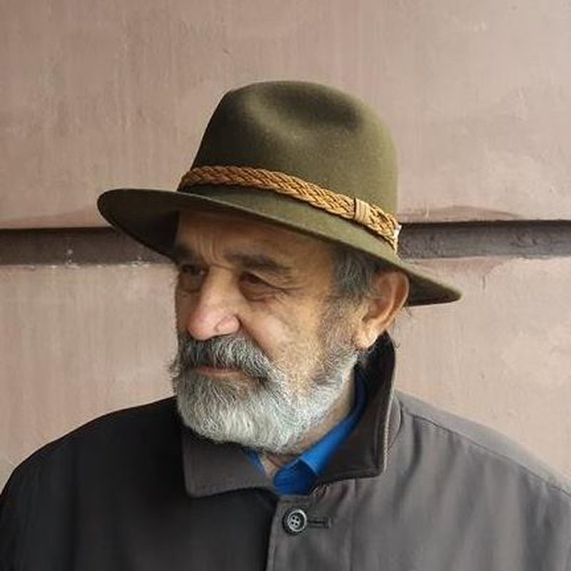Moikom Zeqo: Ministria e Kulturës po shkatërron Gjirokastrën,