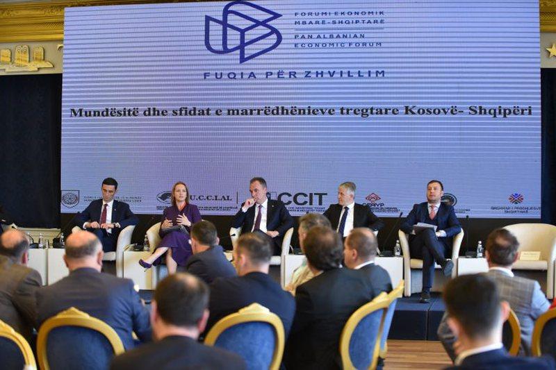 Biznesi i Kosovës akuza autoriteteve shqiptare për tregtinë e