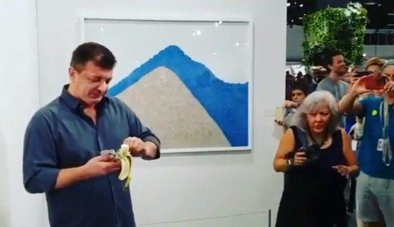 Kushtonte 120 mijë dollarë, artisti e heq nga muri dhe ha veprën