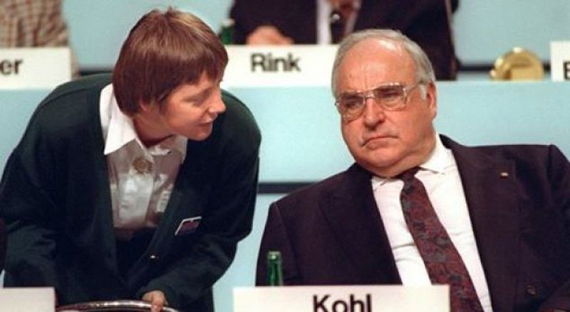 Rikthim në kohë/ Ja fillimet e Angela Merkel në jetën