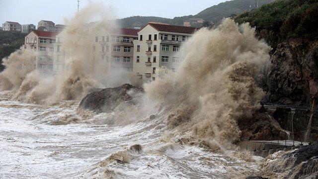 Stuhia e erës së fuqishme në këtë shtet shkakton