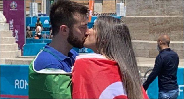 Europiani nis me surpriza, një djalë italian puth në buzë