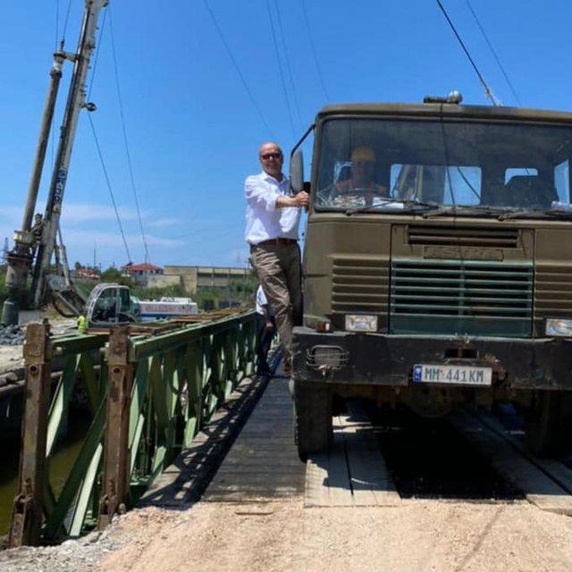 Rindërtohet ura e Darëzezës, zëvendësministri i