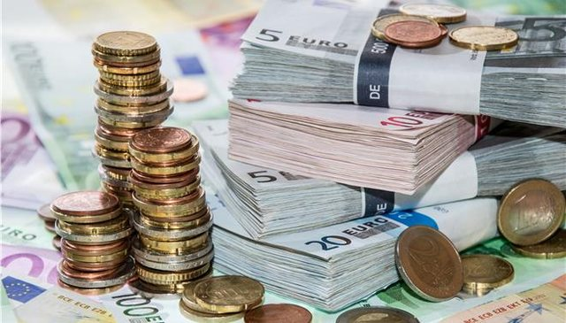 The dollar and the euro fall again! Learn what the exchange rate is like, July