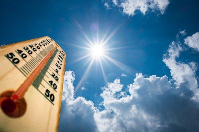 Temperaturat arrijnë vlerat maksimale, mësoni si parashikohet të