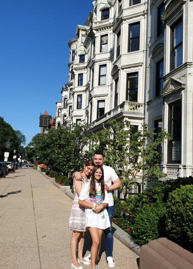 Ardit Gjerbea udhëton në SHBA dhe jep lajmin e bukur (FOTO)