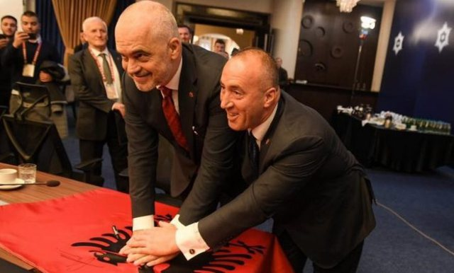 Vizita në Kosovë/ Rama takohet 'kokë më kokë'