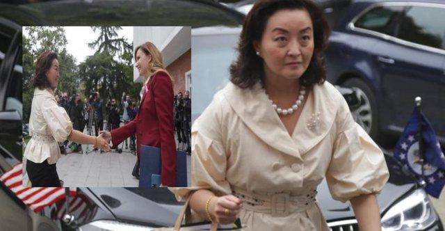 Dalin pamjet: Yuri Kim dhe delegacioni i Senatit Amerikan mbërrijnë