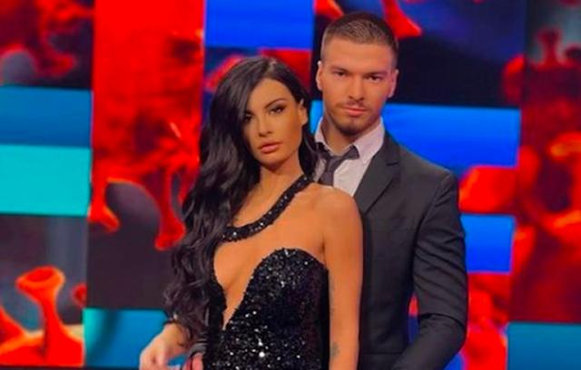The famous couple of 'Përputhen' is finally separated / Jasmina