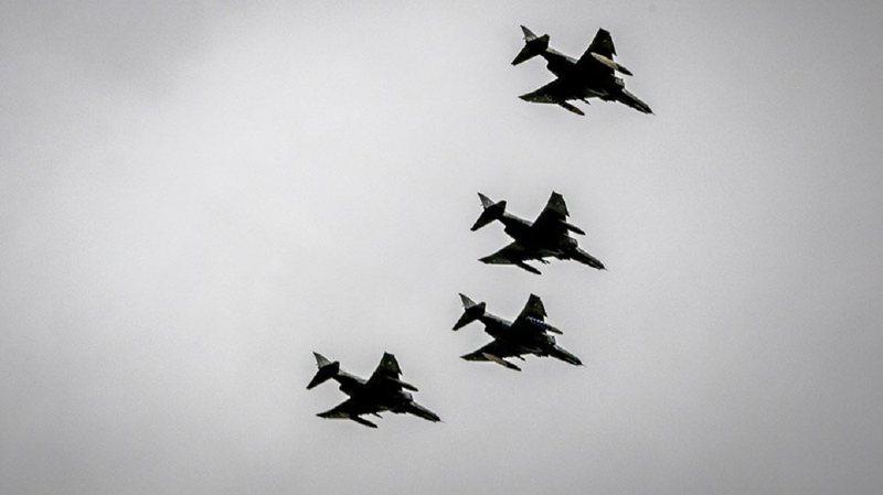Panik në ajër/ Greqia ngre në fluturim avionët
