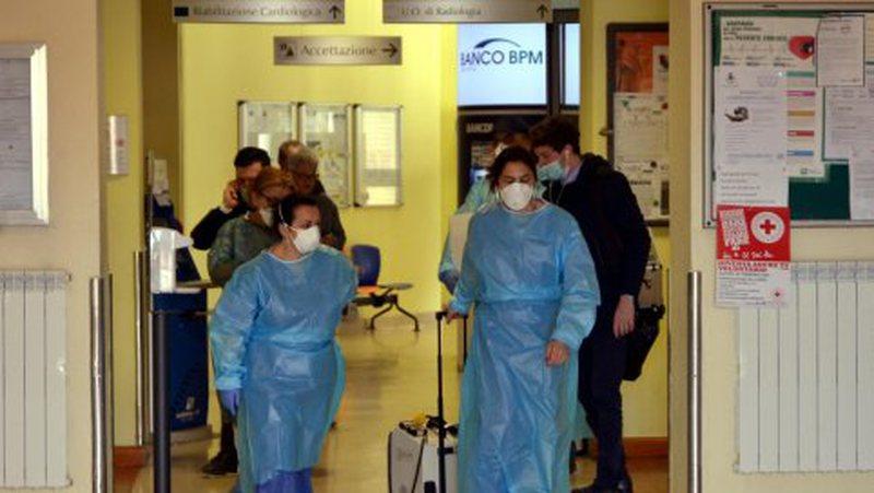 Koronavirusi më pranë vendit tonë, rriten rastet e personave