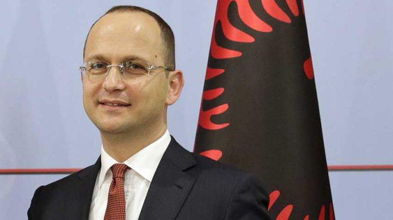 'Ok' për hapjen e negociatave, Ditmir Bushati ka një