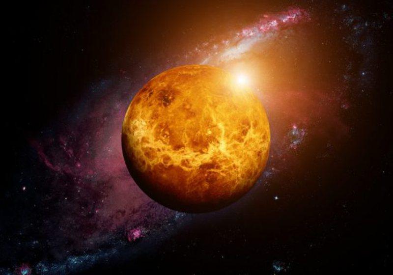 Befasohen astronomët, zbulojnë shenja jete në planetin shumë