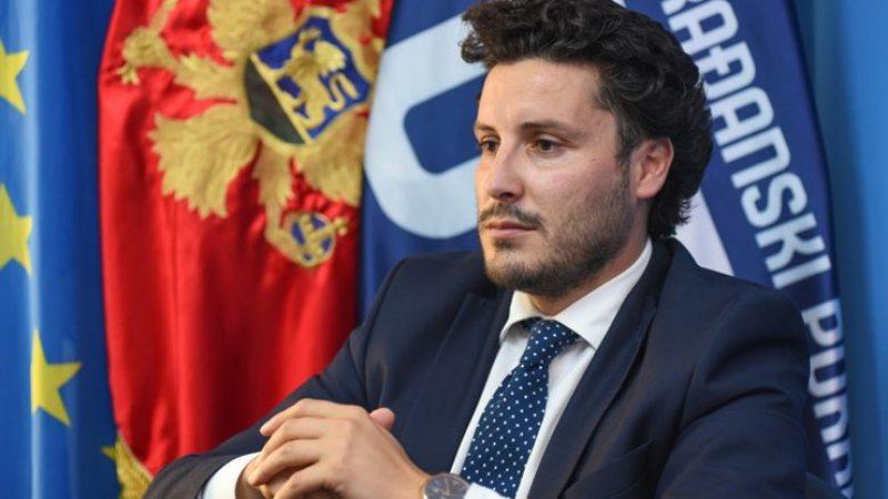 Kërcënohet me jetë politikani shqiptar Dritan Abazoviç,