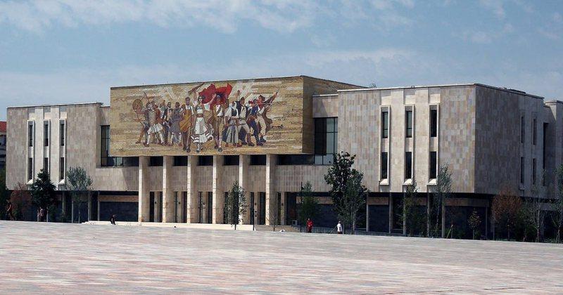 Jaho Brahaj: Muzeu Historik Kombëtar nuk ka kushte si institucionet në