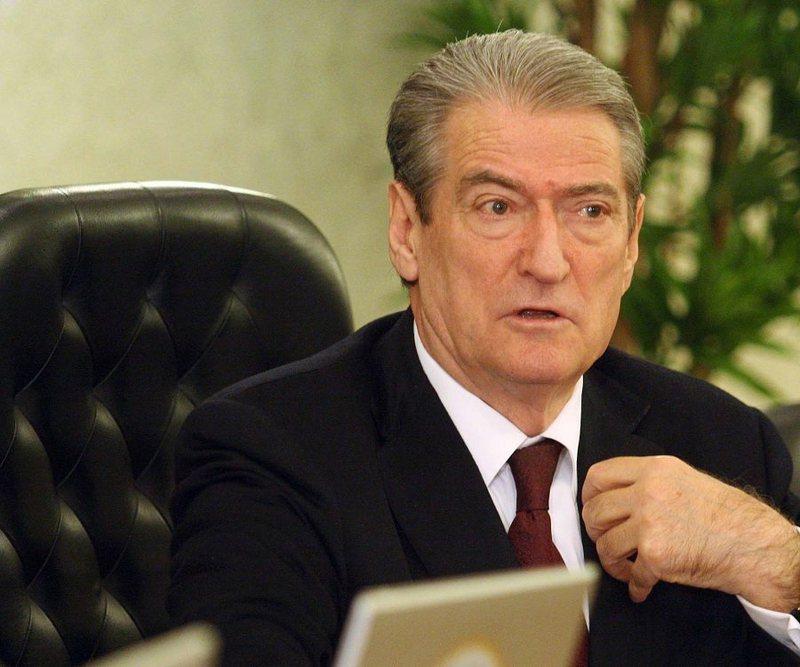 Sali Berisha jep lajmin e keq për Shqipërinë