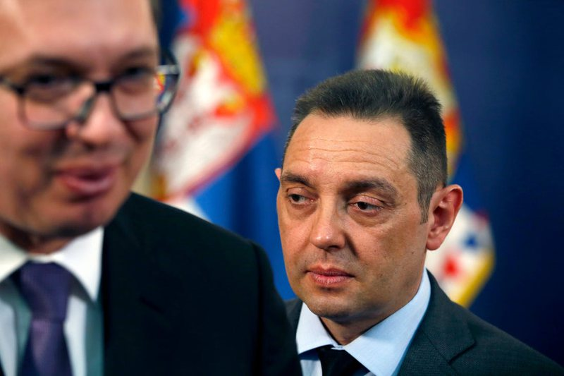 Serbia shton provokimet, pas Vuçiç edhe ministri i Brendshëm