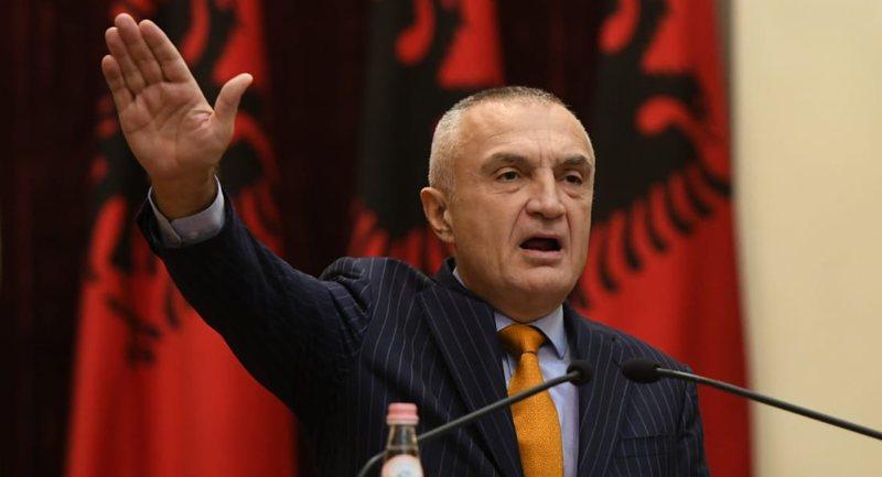 """""""Sa herë tirania bëhet e padurueshme...""""/ Presidenti Ilir"""