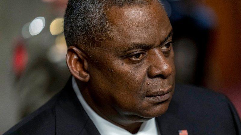 Shefi i Pentagonit zotohet për reforma në përgjigje të