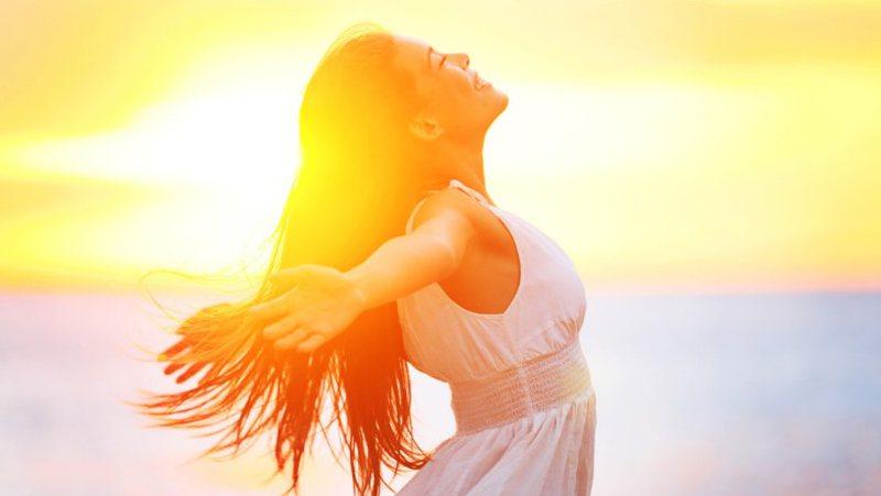 Publikohet studimi më i ri: Rrezet e diellit ulin vdekshmërisë