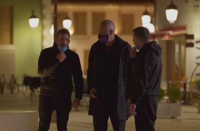"""""""Ore let me go"""", Rama 'ambushed' two famous actors (VIDEO)"""