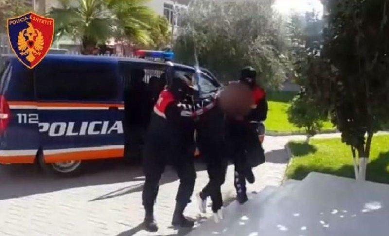 Kundërshtoi me dhunë efektivët e Policisë, arrestohet