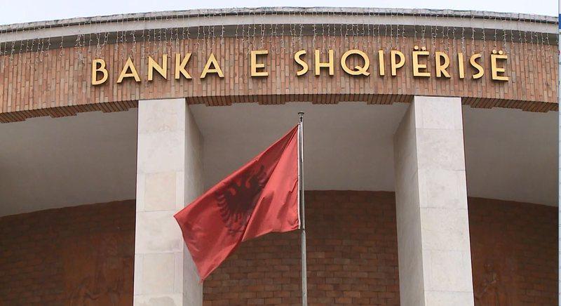 Skandalet me institucionet e mikrofinancës, BSH pezullon dy kompani,7