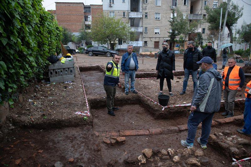 Mozaiku i Tiranës, Margariti: Gërmimet kanë nxjerrë në