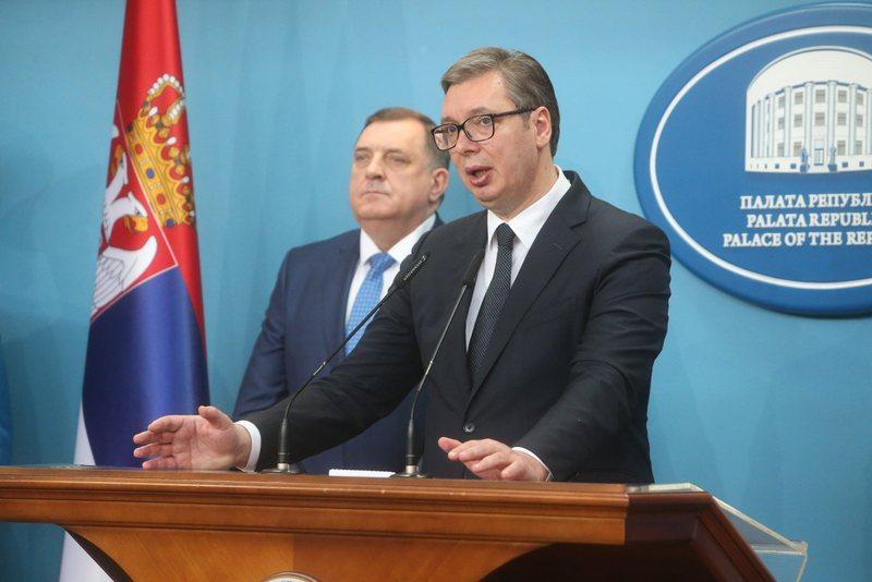 Vuçiç vijon të bëjë viktimën