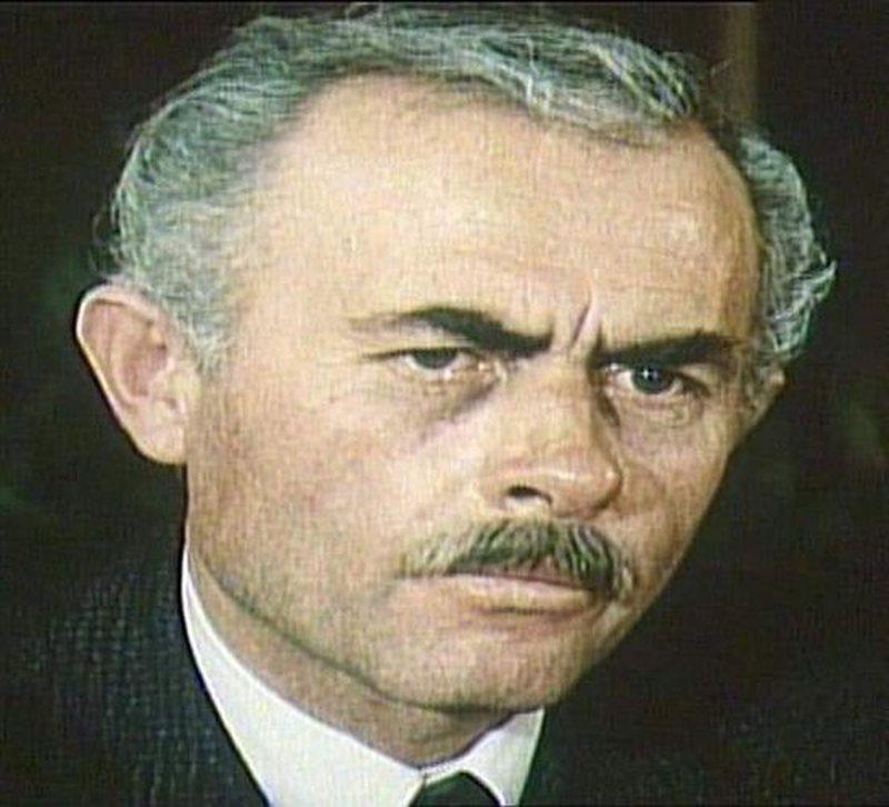 Teatri Kombëtar kujton regjisorin Esat Oktrova, figurë e shquar e