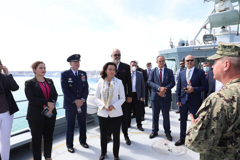 Krerët e NATO dhe Yuri Kim përzënë Ilir Metën nga