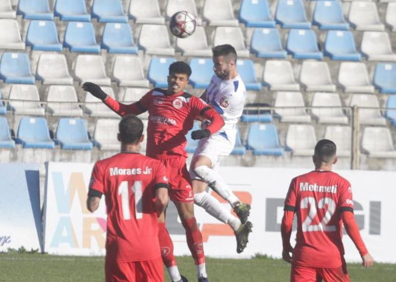 Fists and kicks in the challenge between Kastrioti-Tirana, the team withdraws