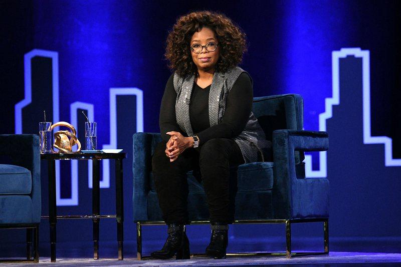 Moderatorja e njohur tregon situatën e sikletshme me aktoren e famshme: