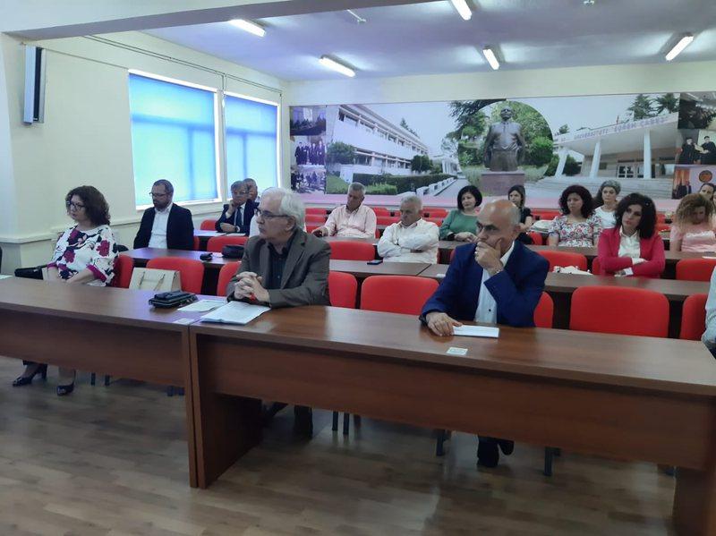 175 -vjetori i lindjes së Naim Frashërit, akademikë e studiues