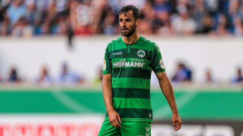 Grojther Fyrth ngjitet në Bundesligë, por klubi gjerman nuk e pranon
