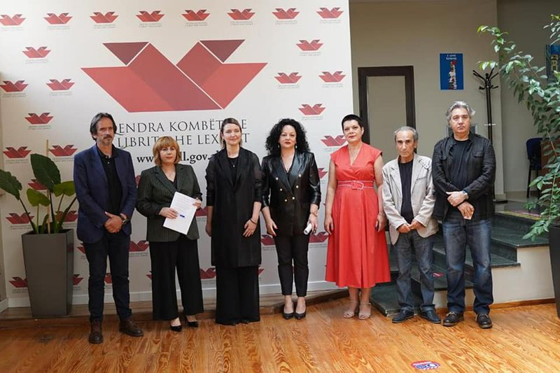 Fondi i përkthimeve nga gjuha shqipe në të huaj, shpallen 6 vepra