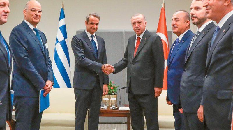 Takimi i shumëpritur Mitsotakis-Erdogan, paralajmërohen zhvillime