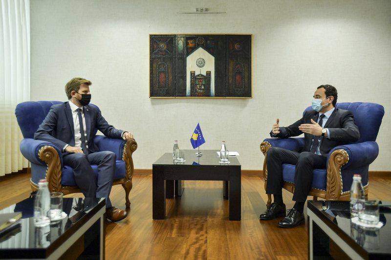 Kurti vendos kushte përpara takimit me Vuçiç, kërkon