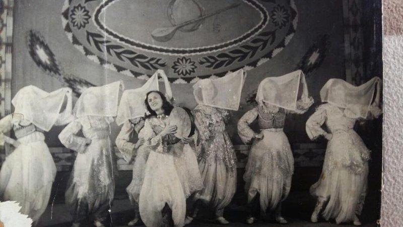 """""""Gjerdani i artë"""" nga Ansambli Popullor, koncerti i parë i"""