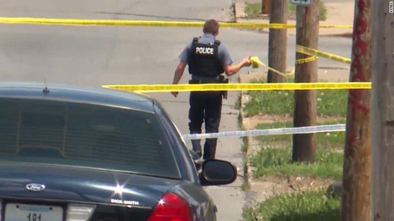 Tronditet sërish SHBA/ Sulm me armë në mes të qytetit, ka