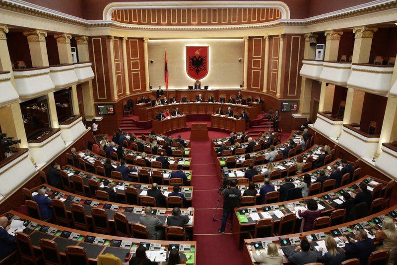 Shpërthen deputeti i njohur shqiptar: Kjo kauzë kërkon të