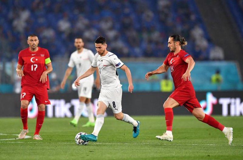 Turqi - Itali, përfundon pjesa e parë