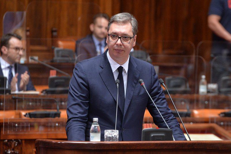Vuçiç raporton për dialogun me Kosovën: E ardhmja e