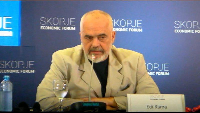 Gazetarja greke e pyet Ramën për marrëdhënien me