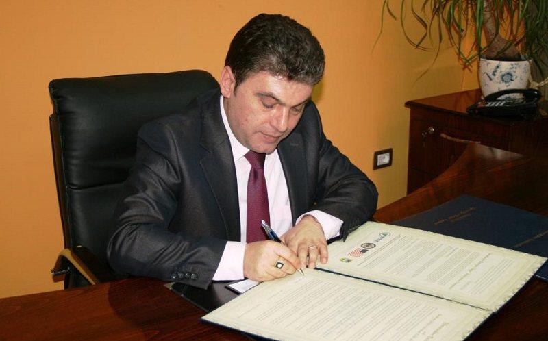 U arrestua për tenderin e BUJSHËM, Fatos Tushe bën