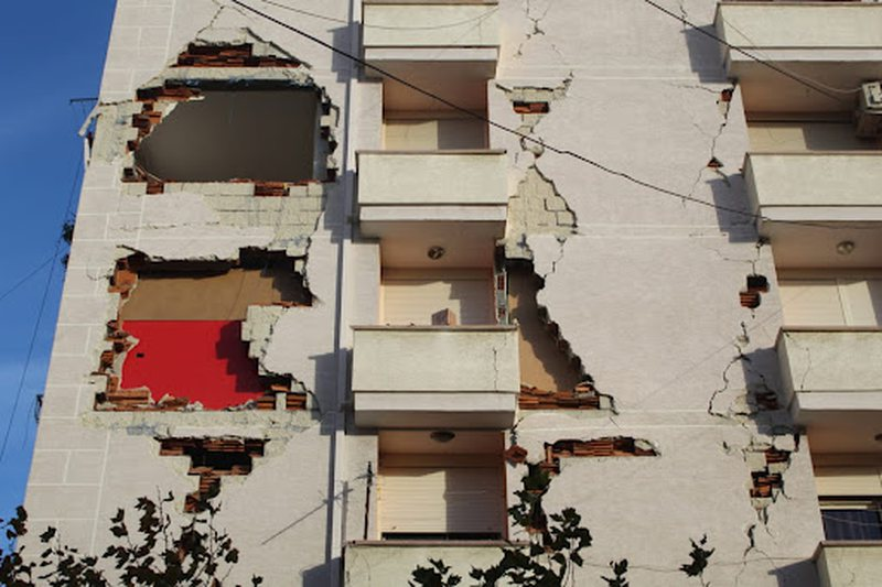 Bashkia e Tiranës heq bonusin e qirasë për dhjetëra familje
