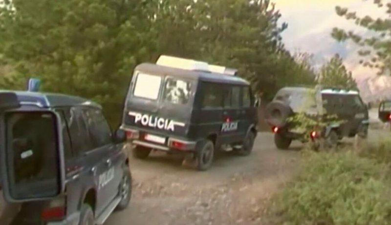 FNSH aksion 'blic' në Nikël dhe Ishëm, 13 furgona