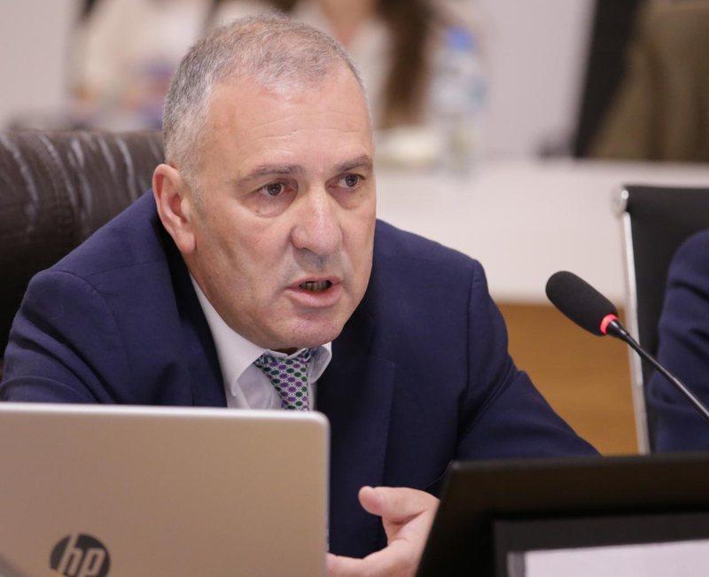 """""""Lidhjet politike nuk do mbrojnë askënd nga SPAK"""", Arben"""