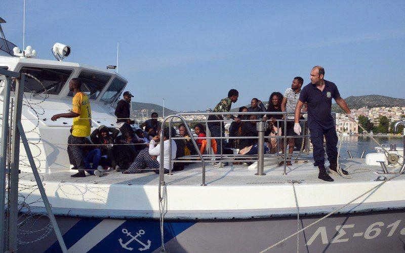 Tragjike në ujërat e Kretës, fundoset anija me 45 emigrantë,