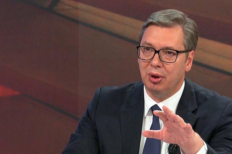 Aleksandar Vuçiç: Do të përballemi me presione në